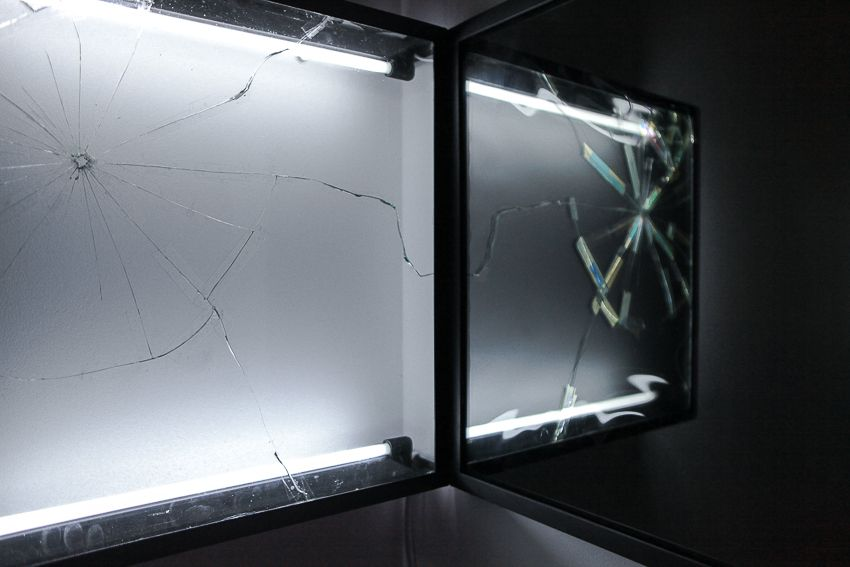 Pablo Rasgado. Afterimage (Repaired Broken Mirror #4), 2014. Welded steel, mirror, filters and fluorescent light, 19 1/2 x 19 1/2 inches (detail)