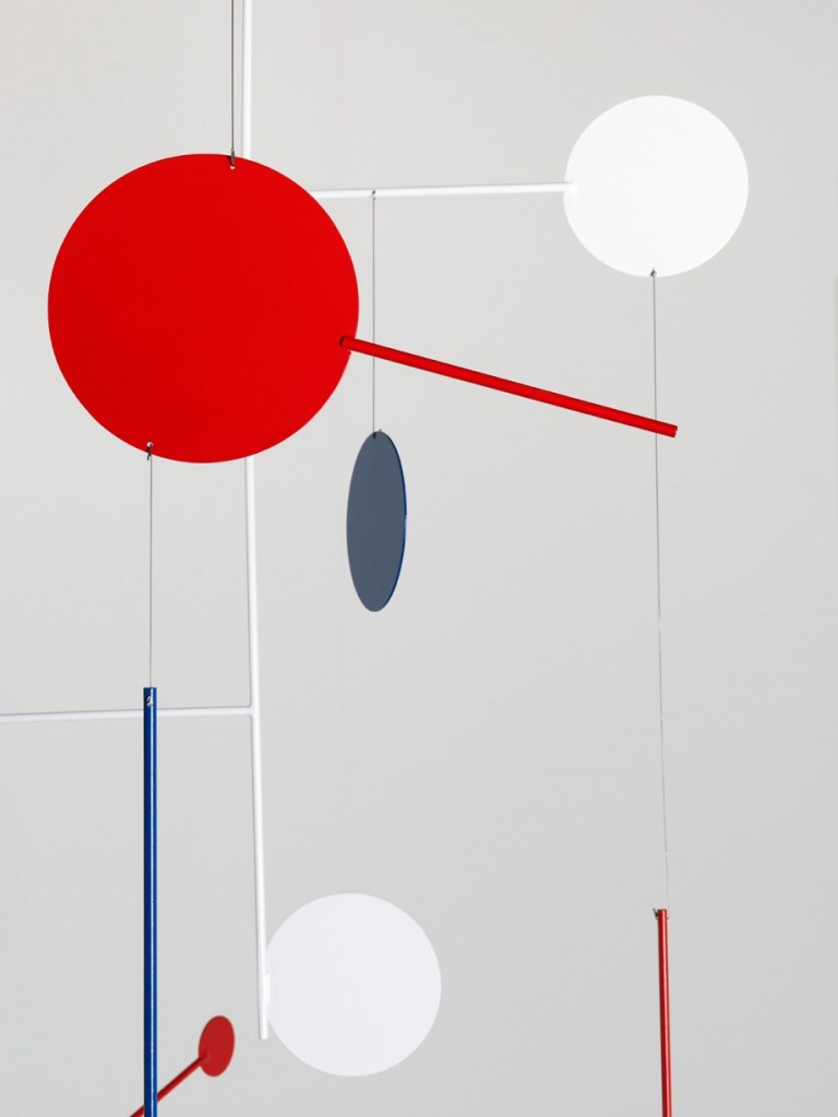 Edgar Orlaineta. American Visa, 2014. Powder coated steel, 57 x 43 3/4 inches (detail)