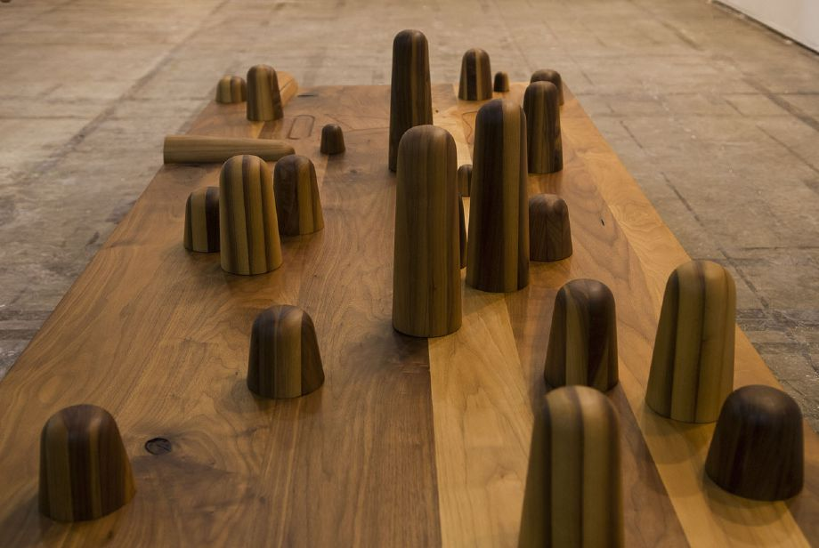 Edgar Orlaineta. Isamu's dream, 2013 Walnut, maple, natural wax, steel and electromagnetic paint 19 3/4 x 84 x 37 1/2 inches (detail)