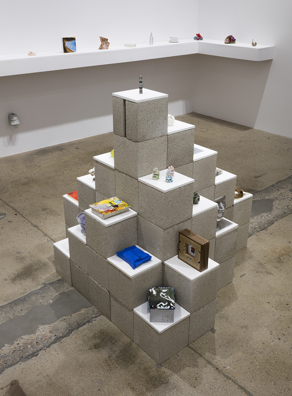 <em>All the Small Things</em>. Installation View, Steve Turner, 2017