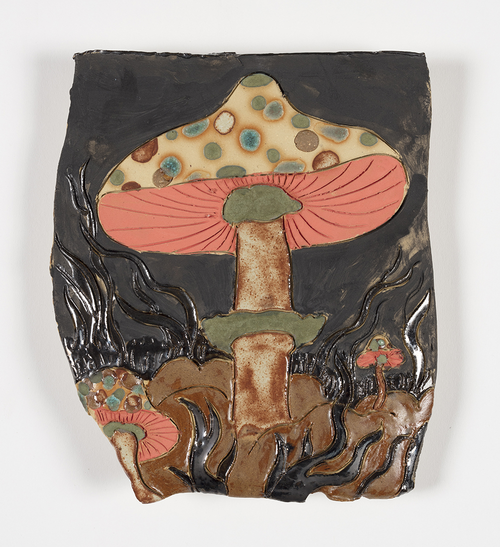 Kevin McNamee-Tweed.<em> Shroomz</em>, 2019. Glazed ceramic, 8 x 7 inches (20.3 x 17.8 cm)