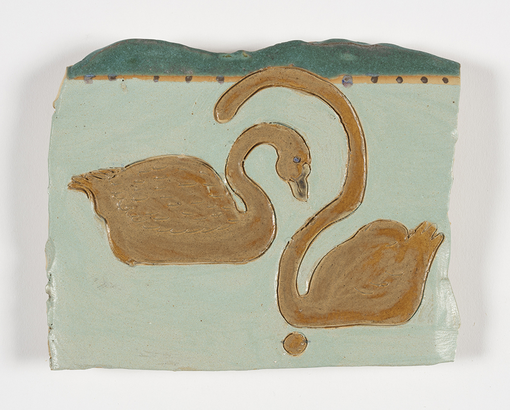 Kevin McNamee-Tweed.<em> Zw</em>, 2019. Glazed ceramic, 7 x 5 1/2 inches (17.8 x 14 cm)