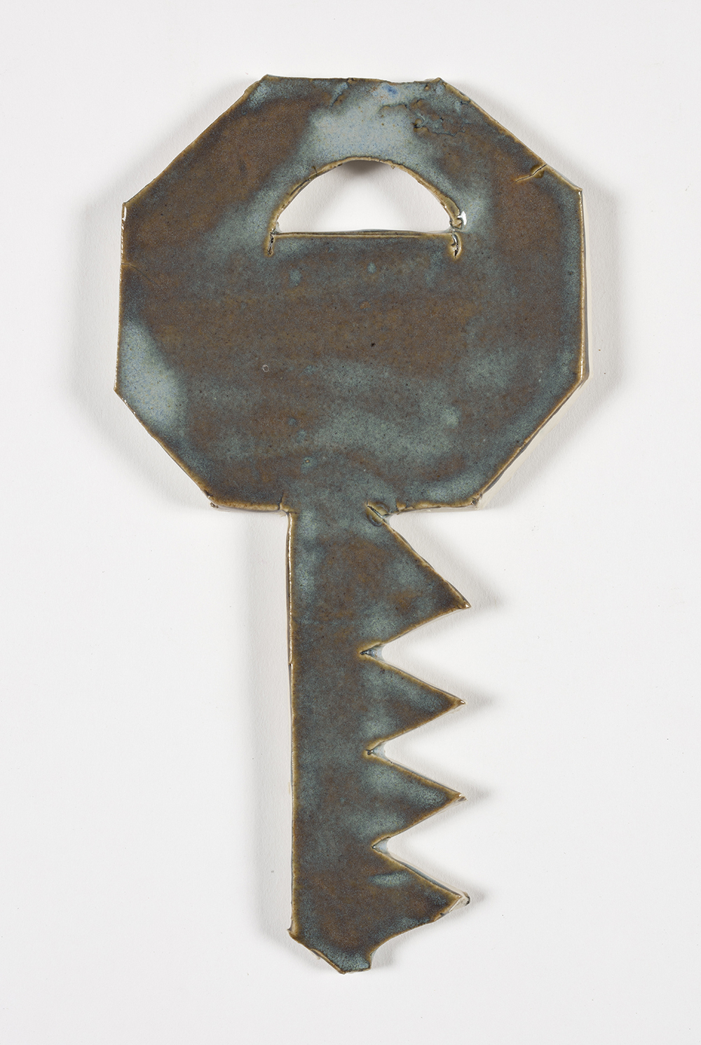 Kevin McNamee-Tweed.<em> Key (Hallo)</em>, 2019. Glazed ceramic, 7 1/4 x 4 inches (18.4 x 10.2 cm)