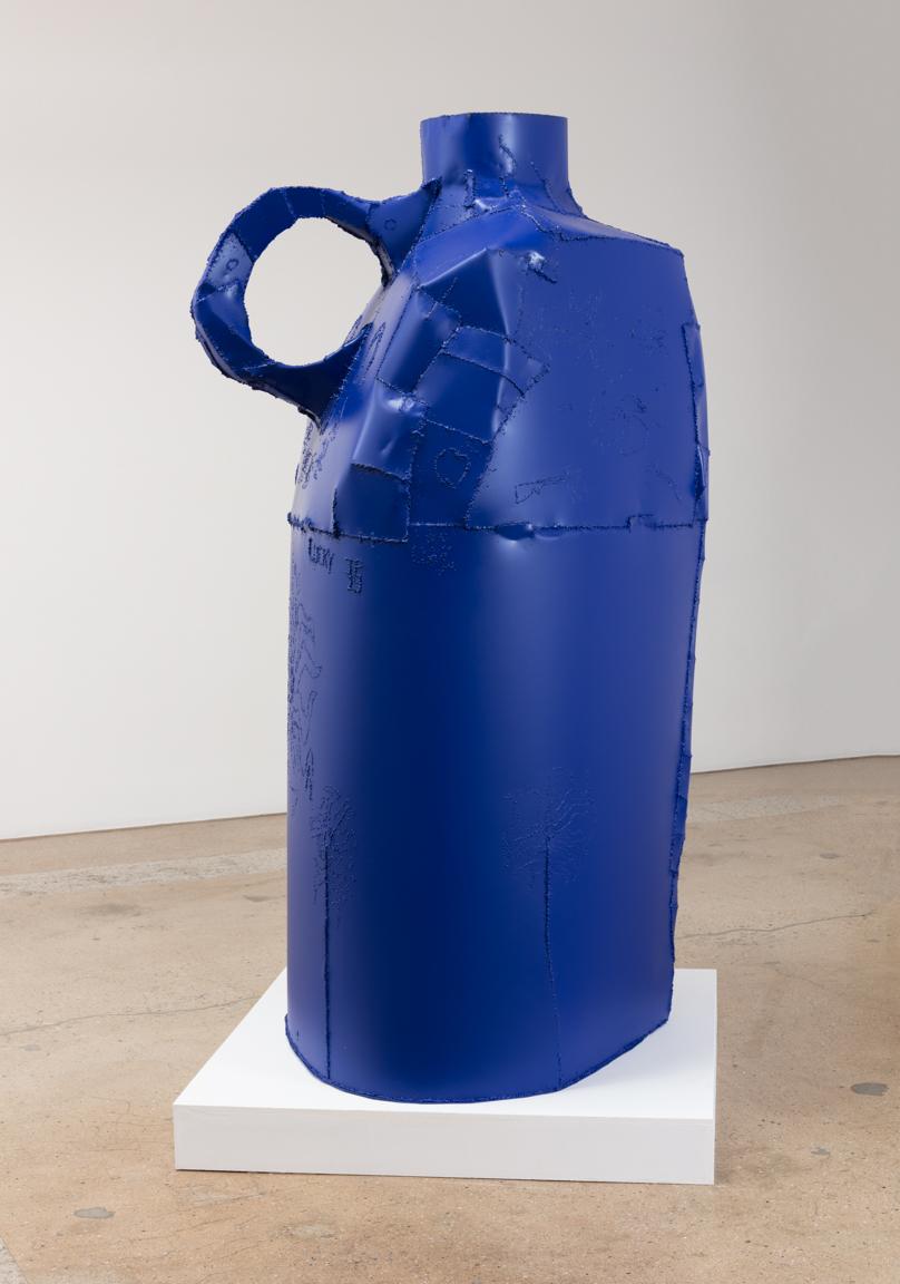 Jesse Pollock.<em>Lucky</em>, 2019. Welded steel, polyurethane paint, 86 x 42 x 42 inches (218.4 x 106.7 x 106.7 cm)