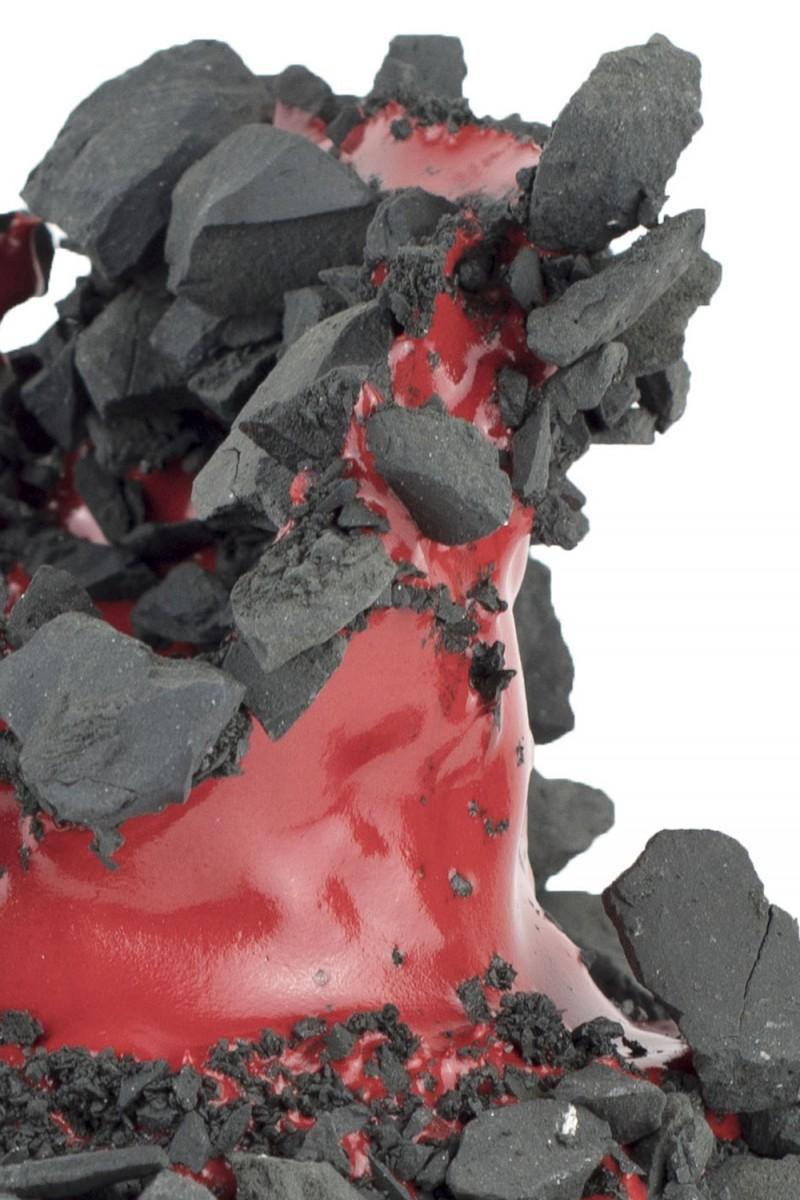 Kiyoshi Kaneshiro. <em>Fractured Vessel (39)</em>, 2020. Porcelain and glaze, 7 1/2 x 8 1/2 x 8 1/2 inches (19.1 x 21.6 x 21.6 cm) Detail