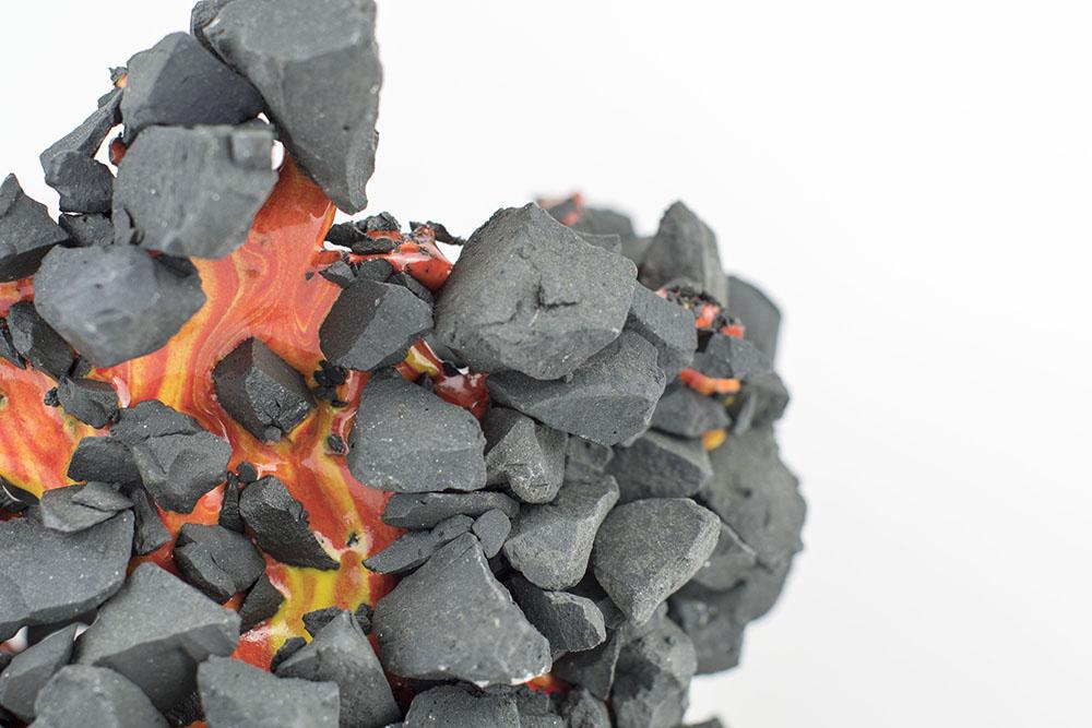 Kiyoshi Kaneshiro. <em>Fractured Vessel (40)</em>, 2020. Porcelain and glaze, 6 1/2 x 8 1/2 x 8 1/2 inches (16.5 x 21.6 x 21.6 cm) Detail