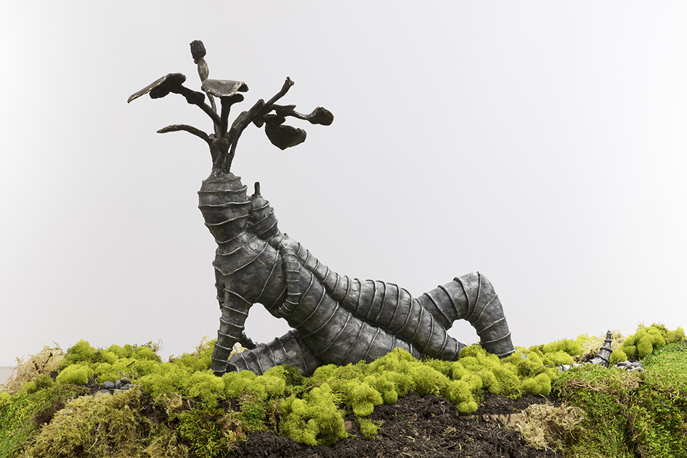 Kate Klingbeil. <em>Grown Together (Thistle)</em>, 2020. Cast iron and brass, 23 1/4 x 32 x 13 1/2 inches (59.1 x 81.3 x 34.3 cm)