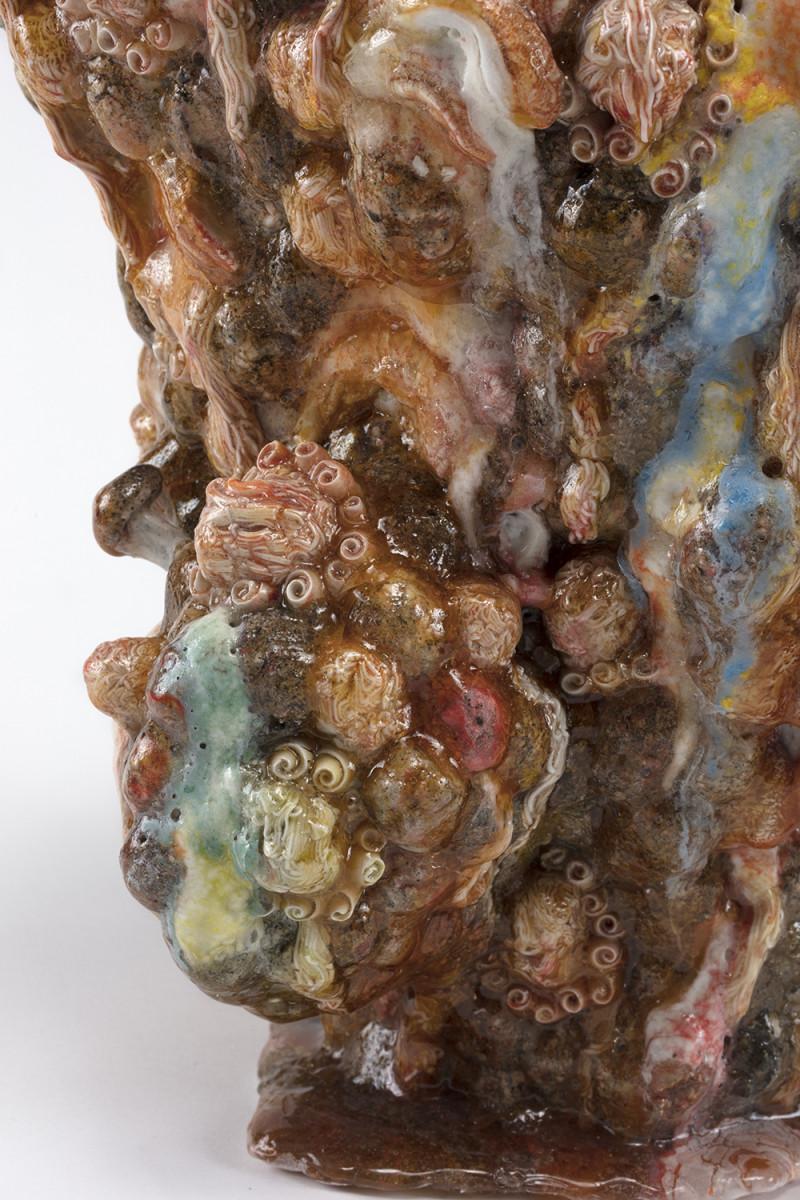 Kazuhito Kawai. <em>California Dreamin</em>, 2020. Glazed ceramic, 14 5/8 x 14 1/8 x 13 inches (37 x 36 x 33 cm) Detail