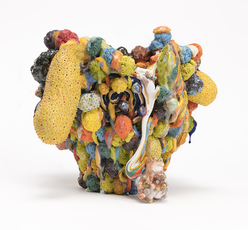 Kazuhito Kawai. <em>Forever 21</em>, 2021. Glazed ceramic, 13 1/4 x 15 x 15 inches (33.5 x 38 x 38 cm)